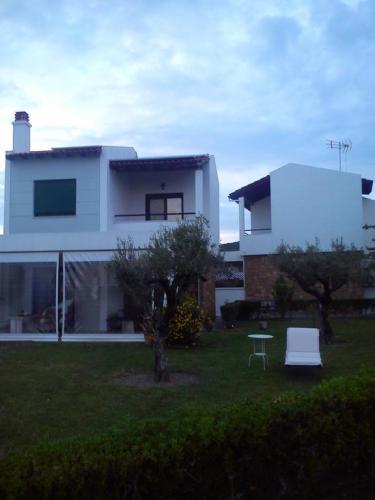 Villa Anastasia Skioni garden 6