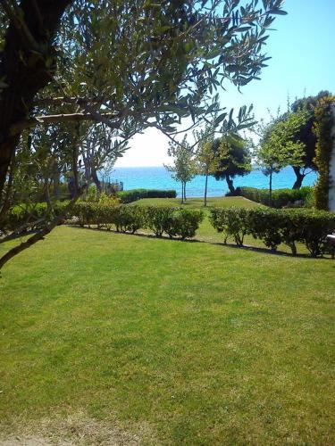 Villa Anastasia Skioni garden