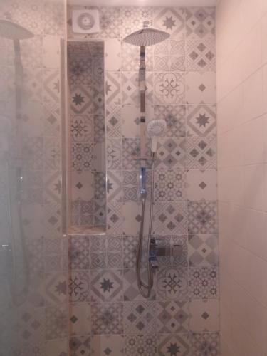 White Tower Area Loft for rent in Thessaloniki - bathroom